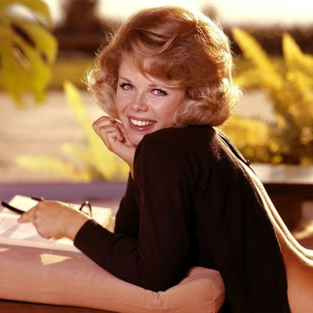 Sue Williams Miss April 1965