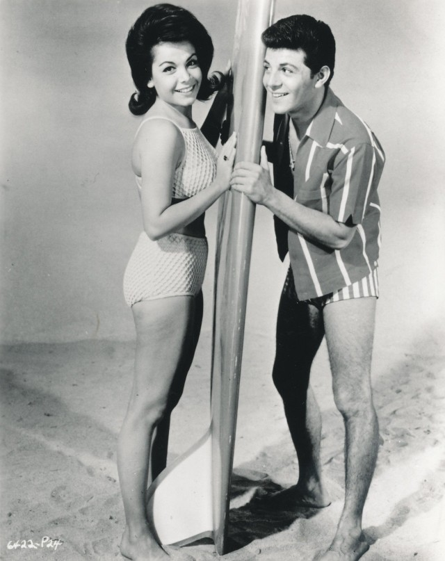 ANNETTE FUNICELLO_FRANKIE AVALON_MUSCLE BEACH PARTY_8X10 COPY PHOTO BB173