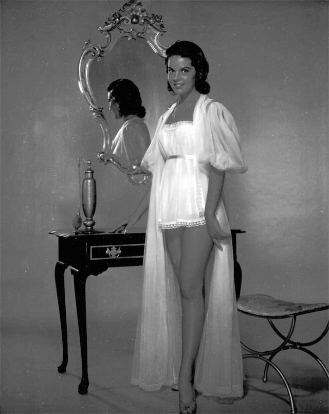 Mikki Jamison vintage large 8 x 10 transparency slide photo sexy pinup starlet ekta lingerie-BW