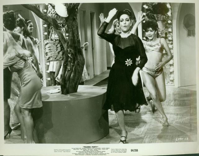PAJAMA PARTY-8X10 B&W PROMO PHOTO-1964-GIRLS IN PJ'S FN