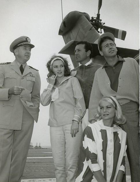 QUINN O'HARA VIC DAMONE GLORIA NEIL NAVY SHIP THE LIVELY ONES 1964 NBC TV PHOTO1