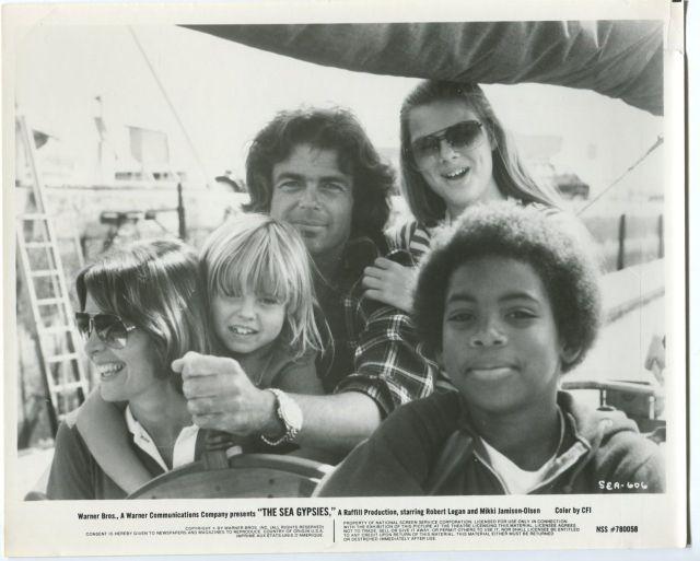 robert logan Sea Gypsies 8x10 Promo still- Robert Logan- Heather Rattray- Mikki Jamison- FN$_57
