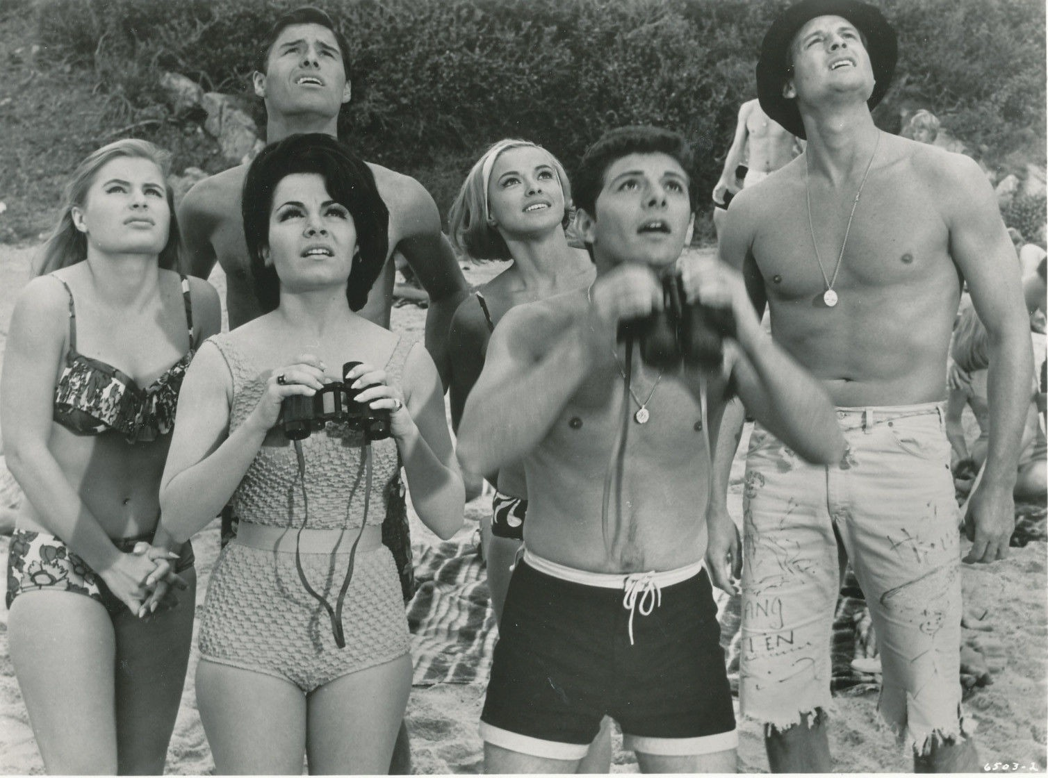 af94dfd1fd21 Watching the Beach Blanket Bingo skydivers – Beach Party Movies