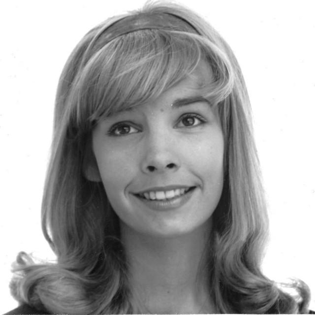 Cindy Carol Gidget Orig 7x9 photo G4901