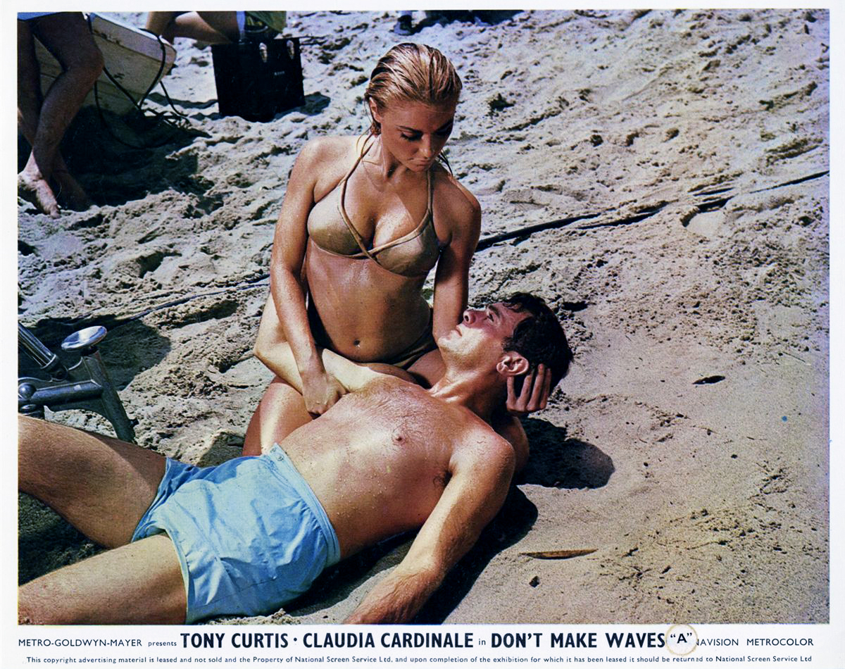 Don't Make Waves  (1967) – Comedy