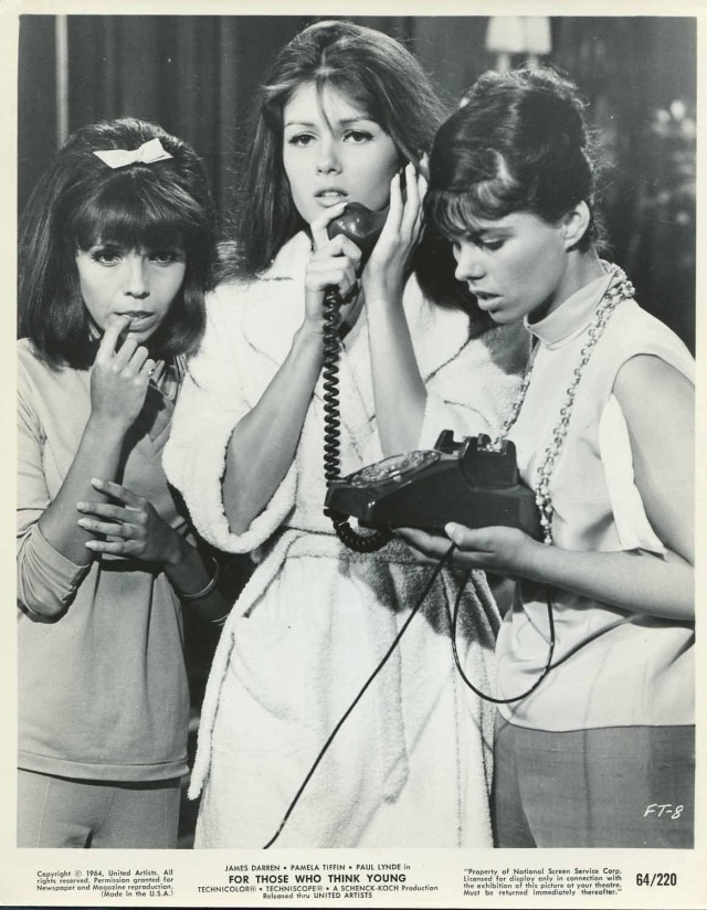 For Those Who Think Young '64 NANCY SINATRA PAMELA TIFFIN