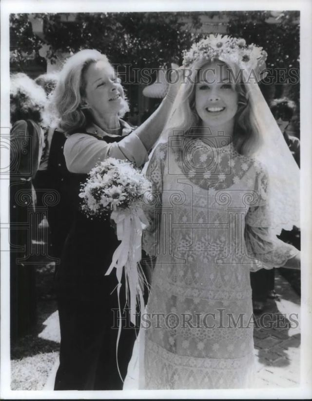 Gidget Gets Married press photo
