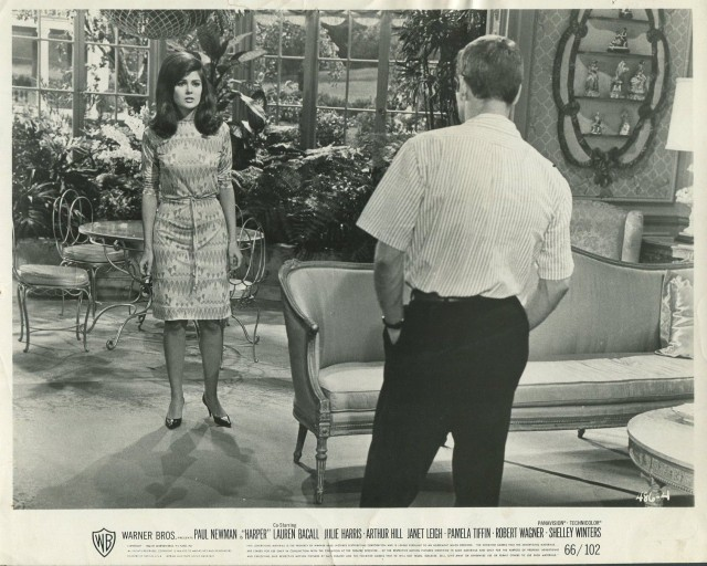 PAMELA TIFFIN PAUL NEWMAN in Harper '66 COUCH