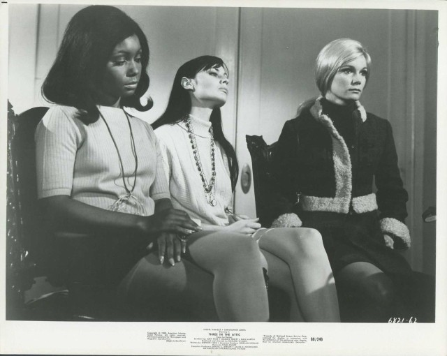Three In The Attic '68 JUDY PACE YVETTE MIMIEUX MAGGIE THRETT