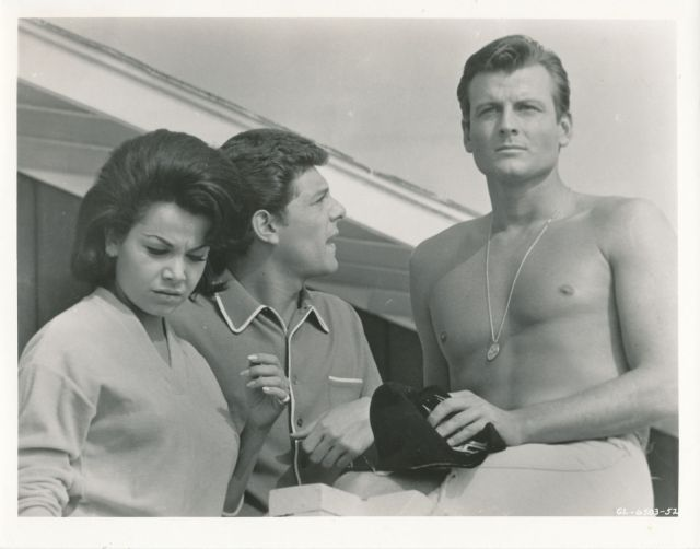 ANNETTE FUNICELLO_FRANKIE AVALON_Beach Blanket Bingo_8X10 COPY PHOTO G202748