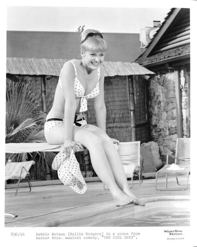 DEBBIE WATSON vintage sexy busty, leggy 60s polka-dot bikini pinup photo