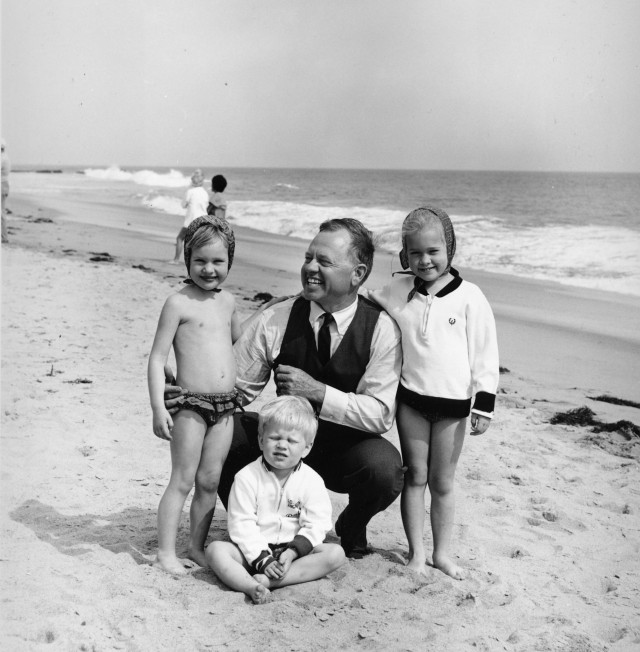 MICKEY ROONEY AND CHILDREN