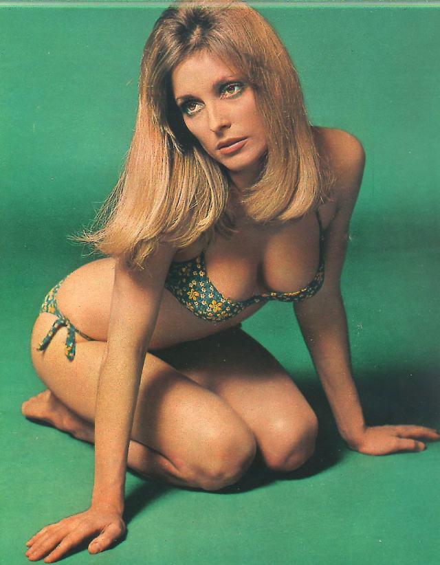 Sharon_Tate bikini