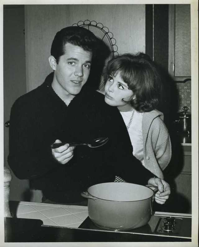 "Deborah Walley John Ashley Original 8x10"" Photo #Z492"