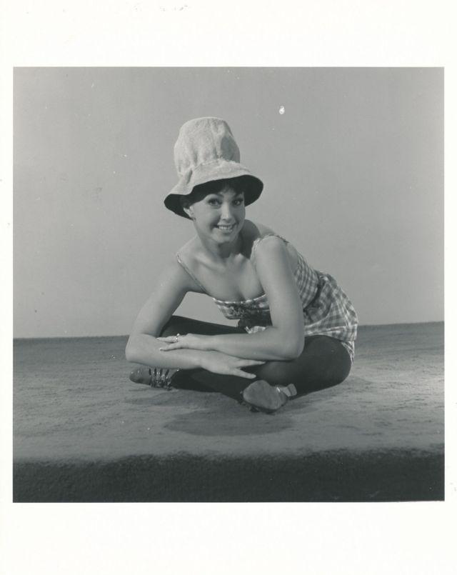 Donna Lore How To Stuff A Wild Bikini studio hat