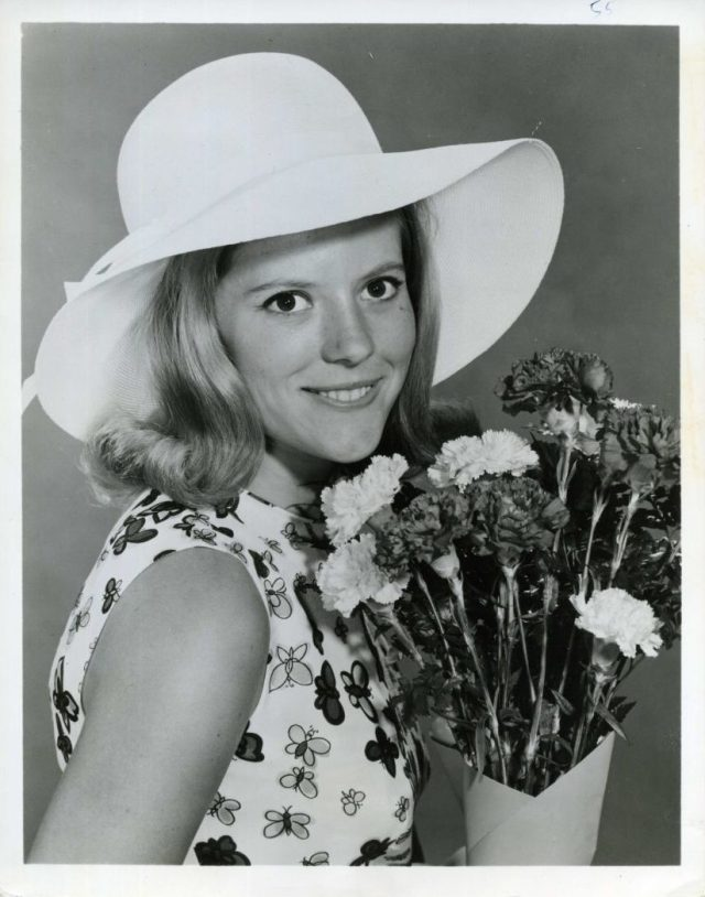 MEREDITH MACRAE In MY THREE SON1