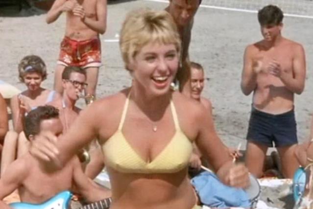 Beach Party (1963) Screen Shot